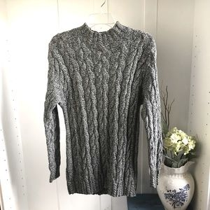 - Liz Clairborne Tweed Cable knit Sweater -M
